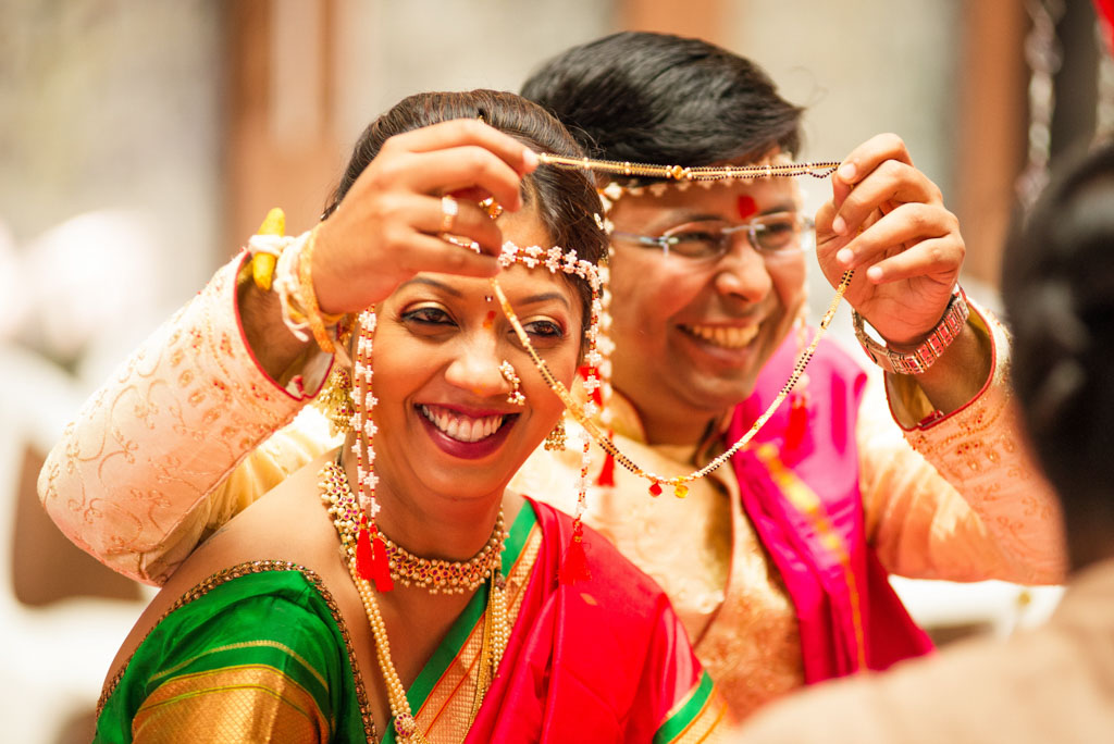 candid_wedding_photography-243