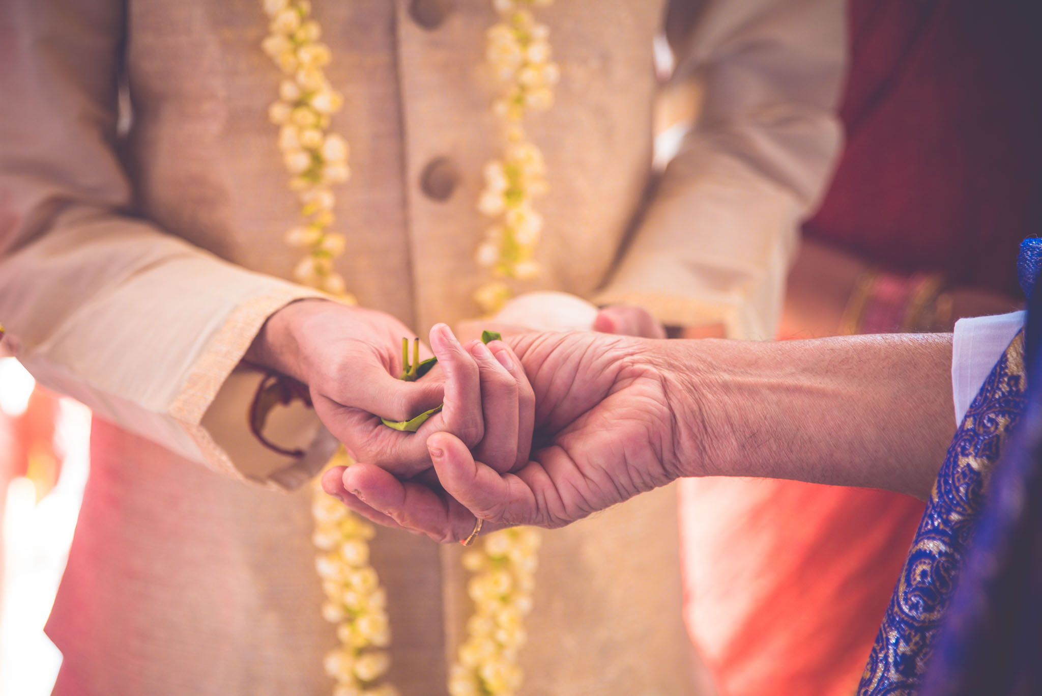 WhatKnot-Candid-Wedding-Photography-Mumbai-Bangalore-138