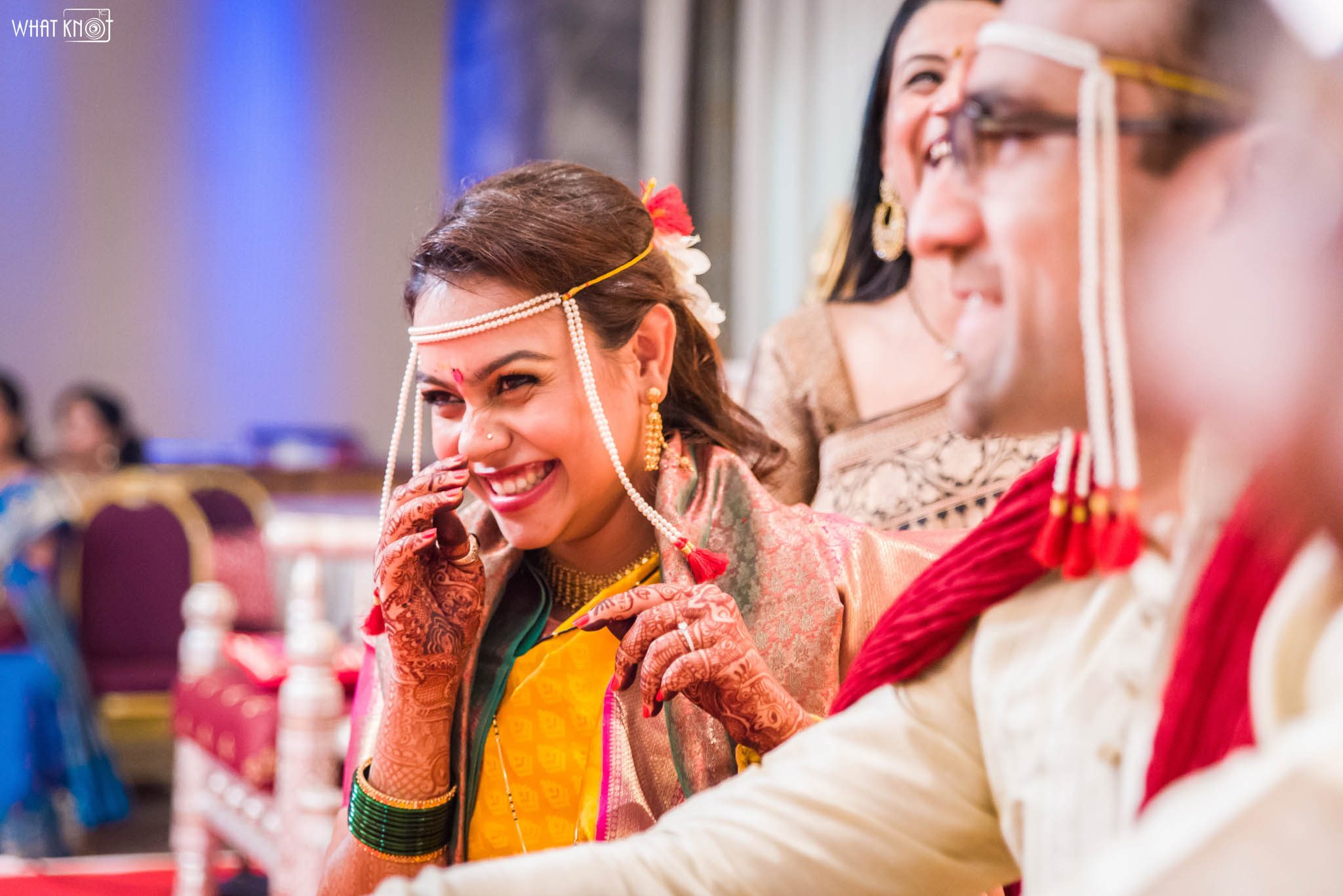 Candid-Wedding-Photography-WhatKnot-Marathi-141