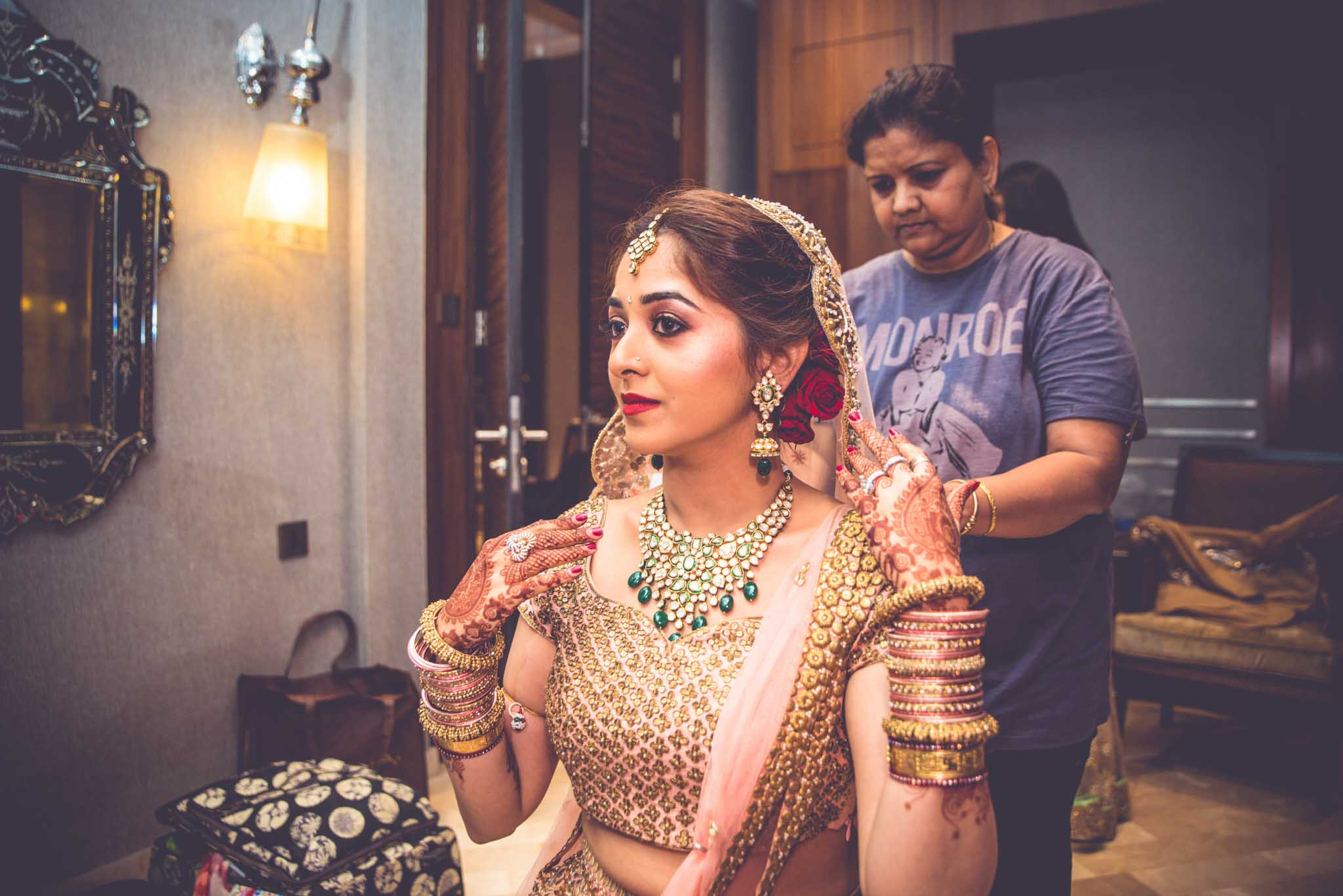 StRegis-Palladium-Mumbai-Candid-Wedding-Photography-17