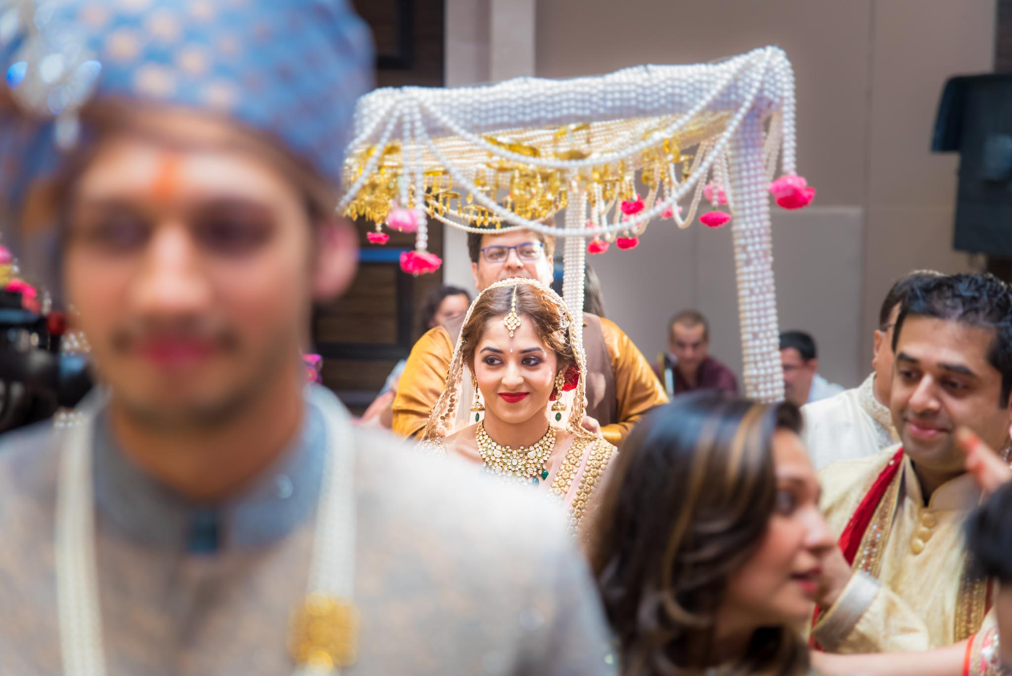 StRegis-Palladium-Mumbai-Candid-Wedding-Photography-31