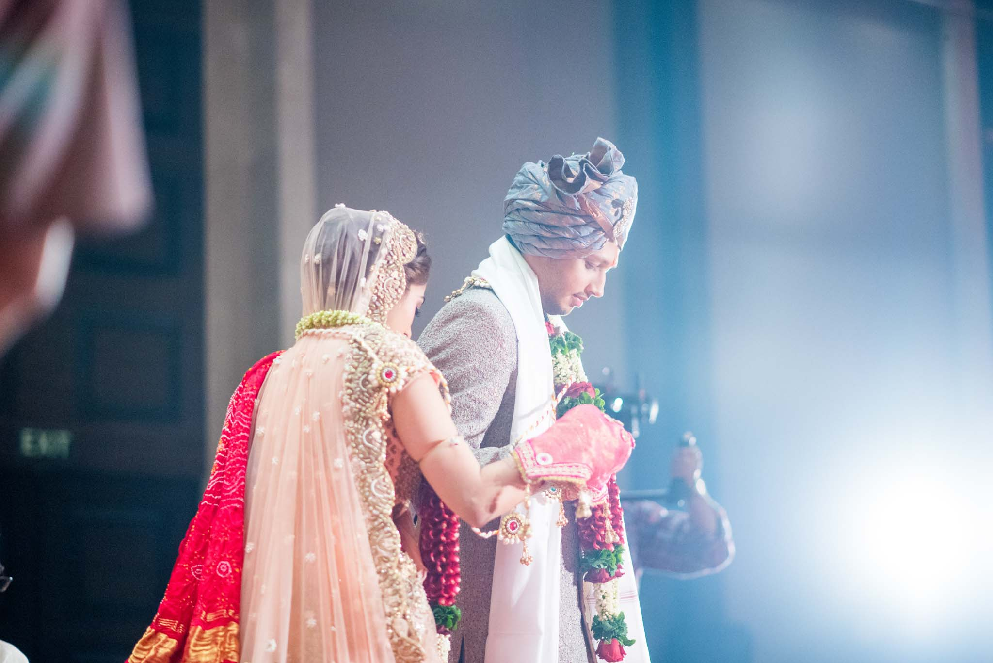 StRegis-Palladium-Mumbai-Candid-Wedding-Photography-47