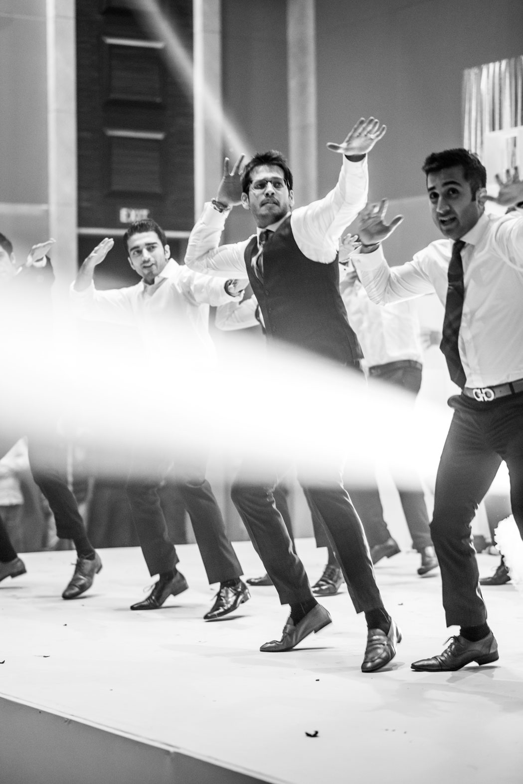 StRegis-Palladium-Mumbai-Candid-Wedding-Photography-76