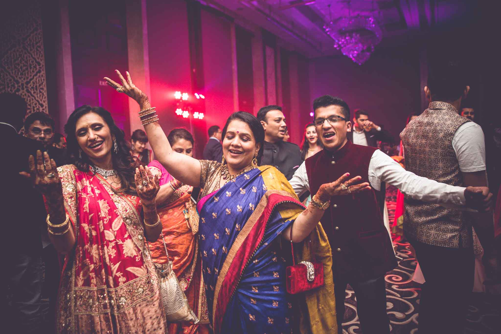 StRegis-Palladium-Mumbai-Candid-Wedding-Photography-83