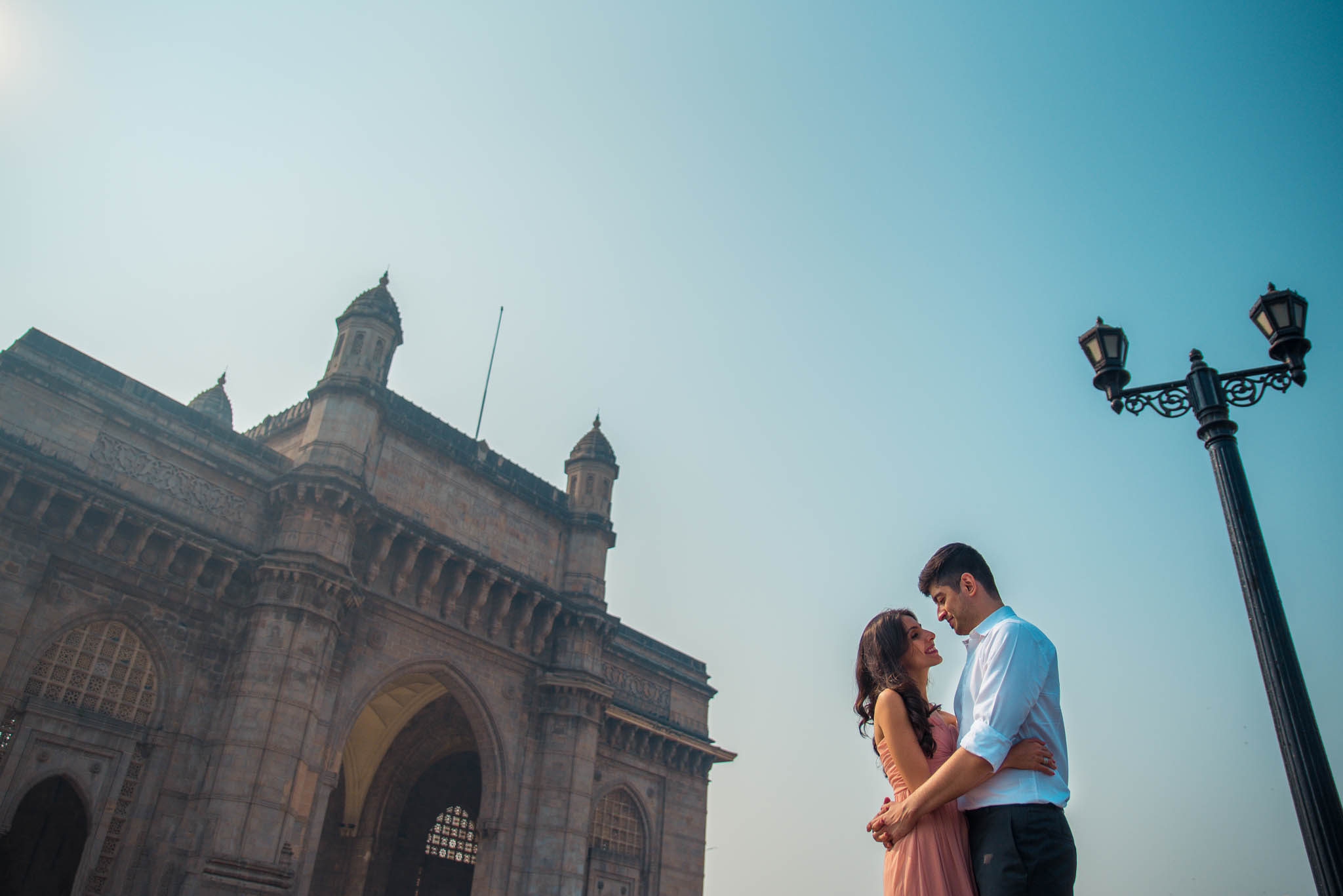 Mumbai-couple-shoot-Ballard-Estate-pre-wedding-doctors-21