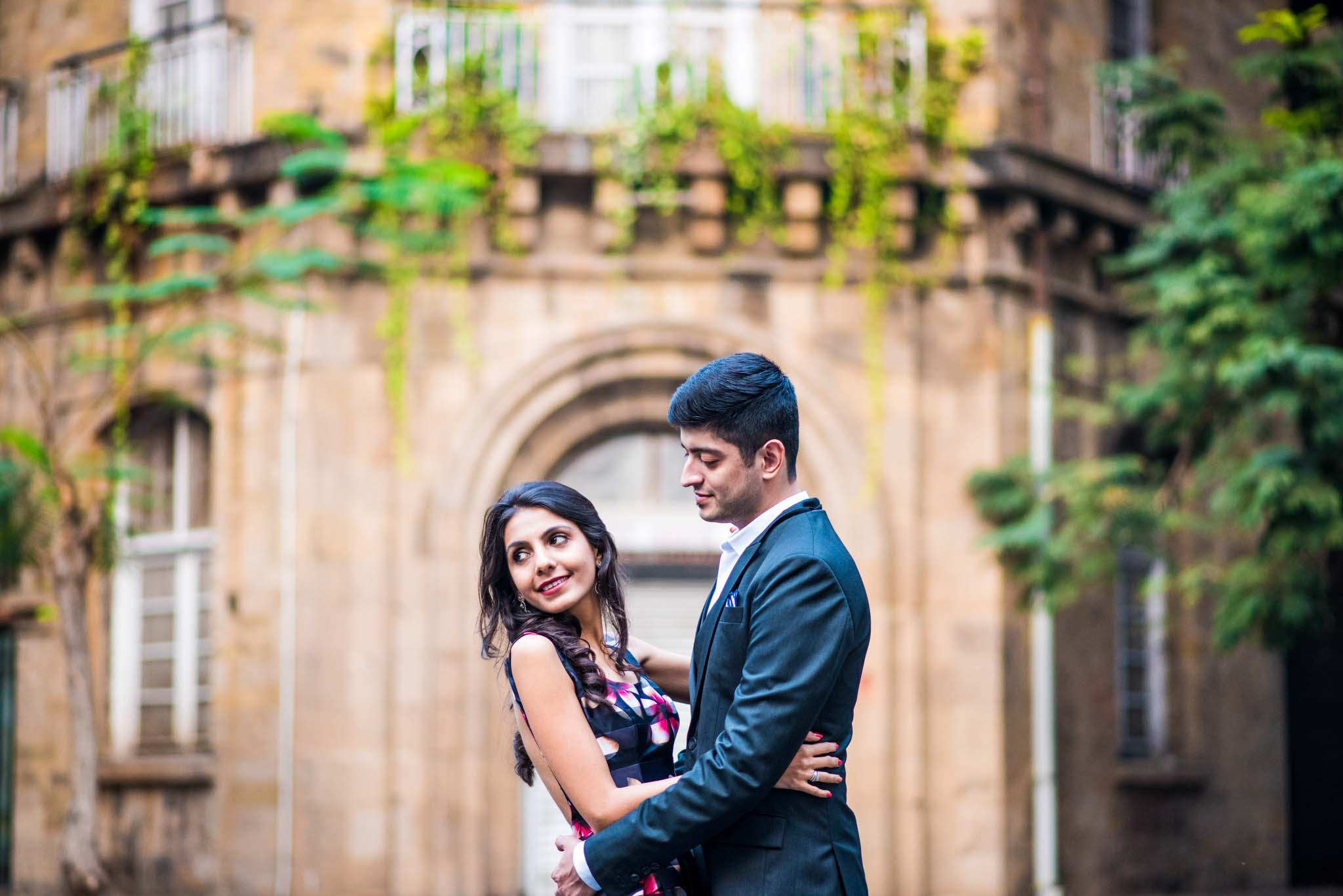 Mumbai-couple-shoot-Ballard-Estate-pre-wedding-doctors-5