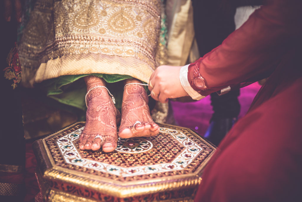 Gujrati-Candid-Wedding-Photography-Mumbai-11