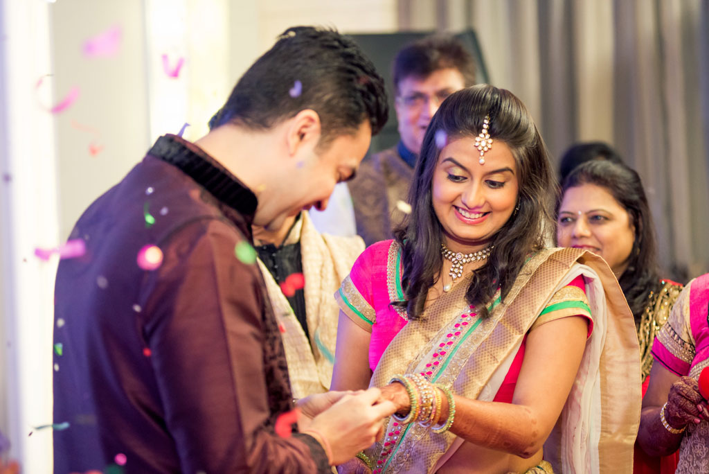 Gujrati-Candid-Wedding-Photography-Mumbai-12