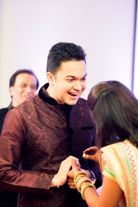 Gujrati-Candid-Wedding-Photography-Mumbai-13
