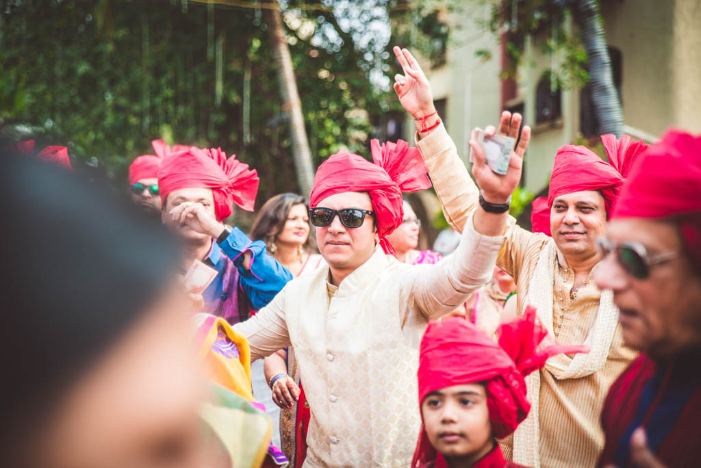 Gujrati-Candid-Wedding-Photography-Mumbai-24
