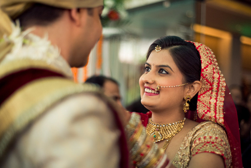 Gujrati-Candid-Wedding-Photography-Mumbai-36