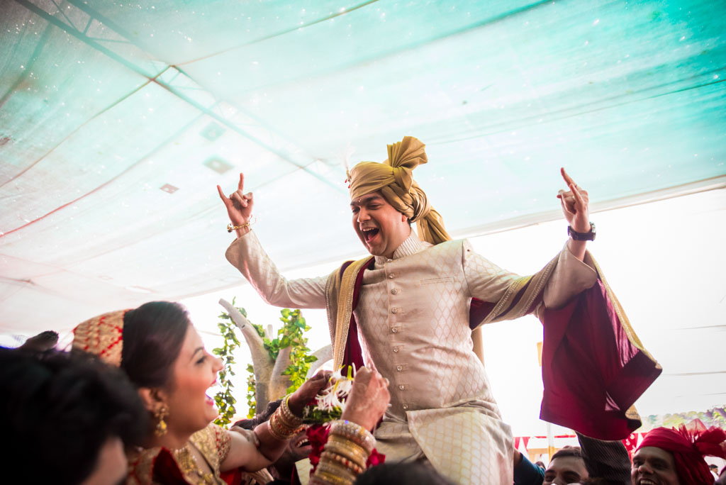 Gujrati-Candid-Wedding-Photography-Mumbai-37