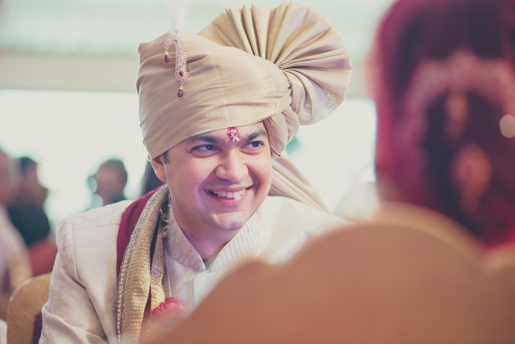 Gujrati-Candid-Wedding-Photography-Mumbai-43