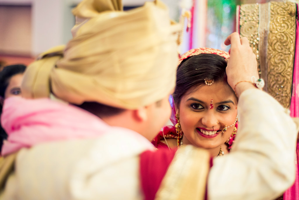 Gujrati-Candid-Wedding-Photography-Mumbai-47