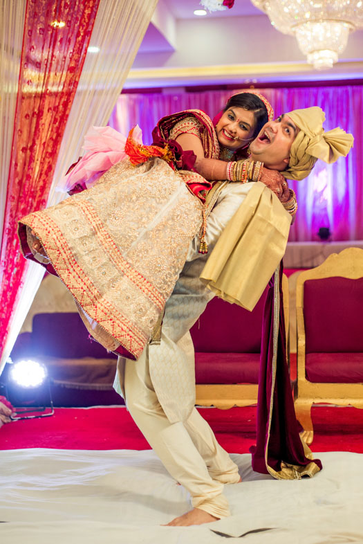 Gujrati-Candid-Wedding-Photography-Mumbai-51