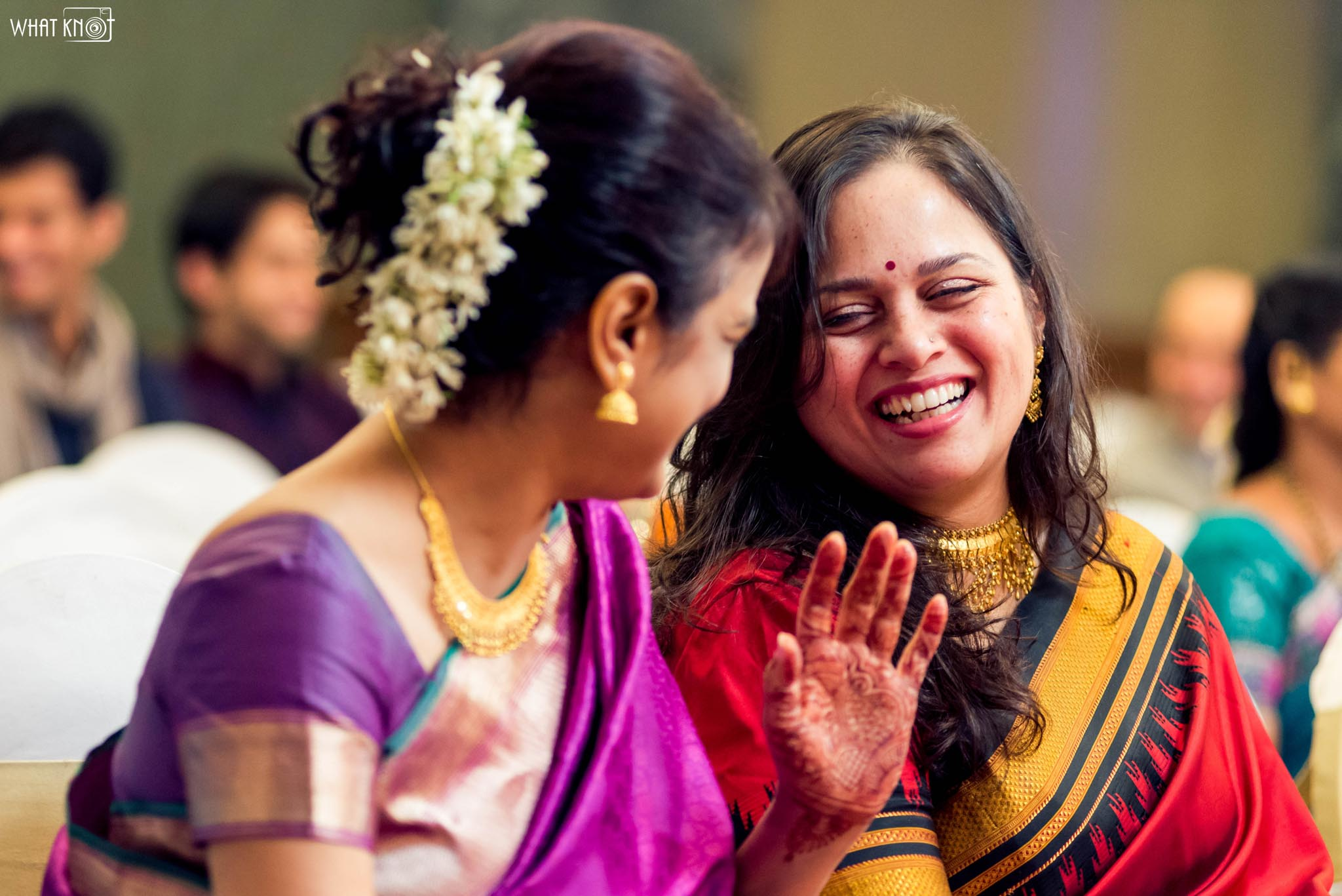 Candid-Wedding-Photography-WhatKnot-Marathi-103