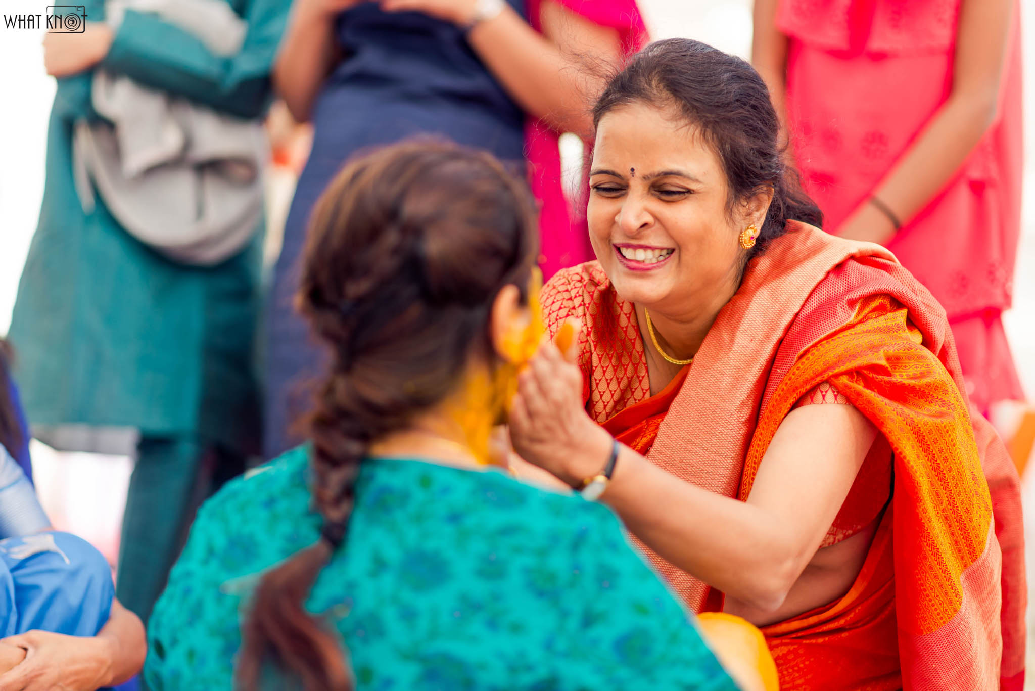 Candid-Wedding-Photography-WhatKnot-Marathi-12