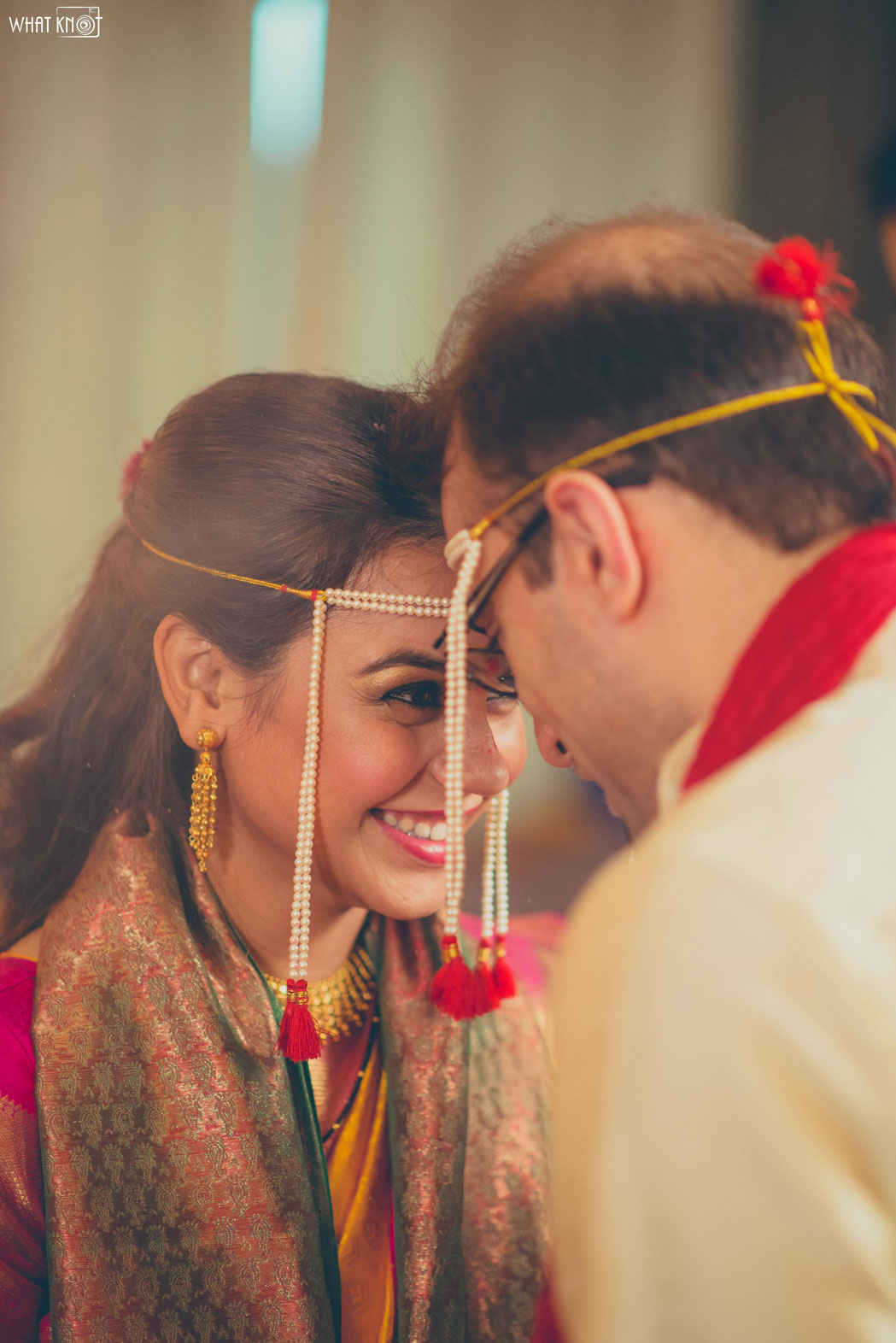 Candid-Wedding-Photography-WhatKnot-Marathi-132