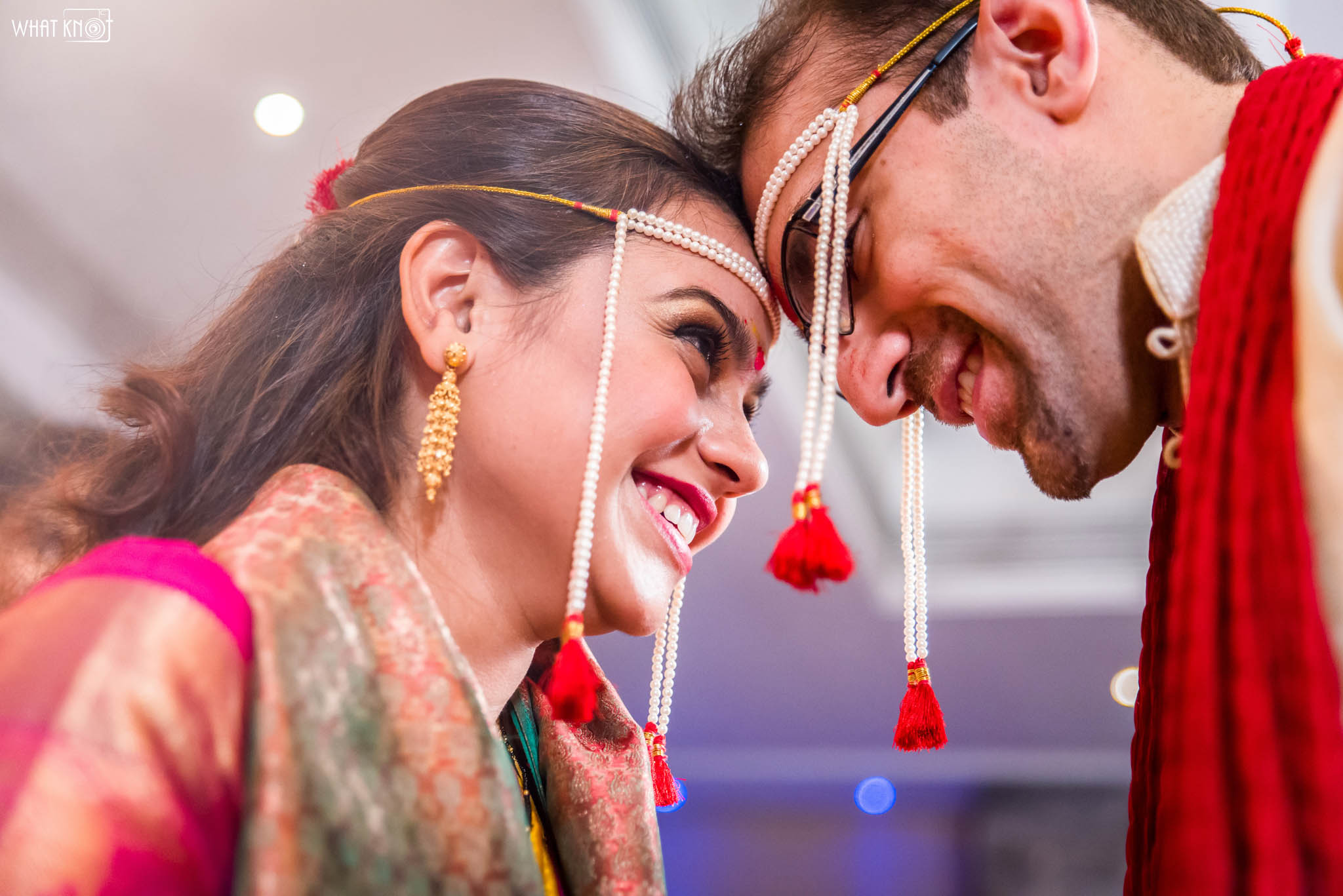 Candid-Wedding-Photography-WhatKnot-Marathi-134