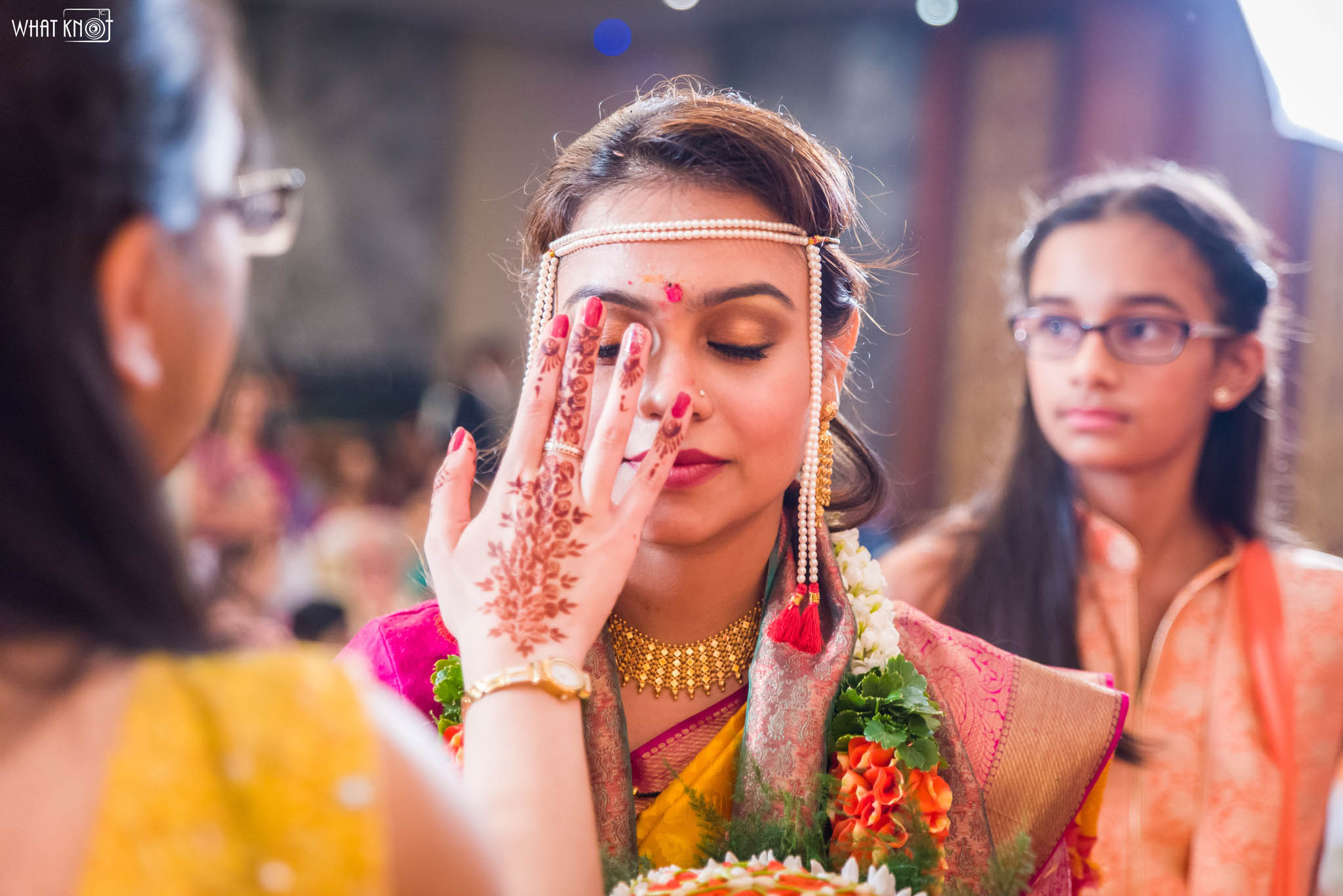 Candid-Wedding-Photography-WhatKnot-Marathi-153