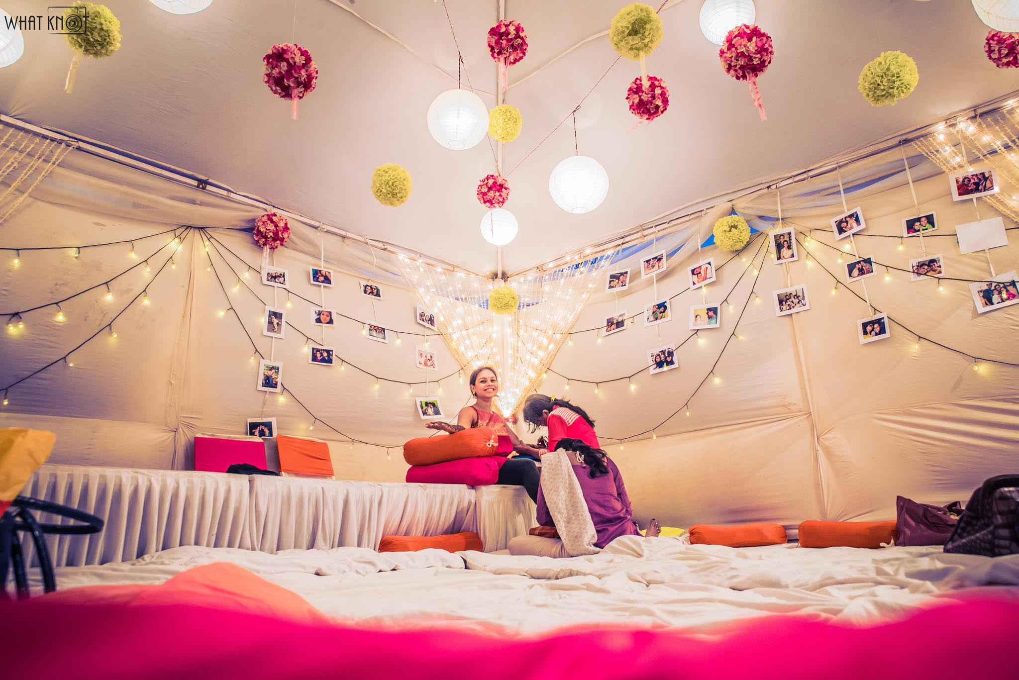 Candid-Wedding-Photography-WhatKnot-Marathi-44