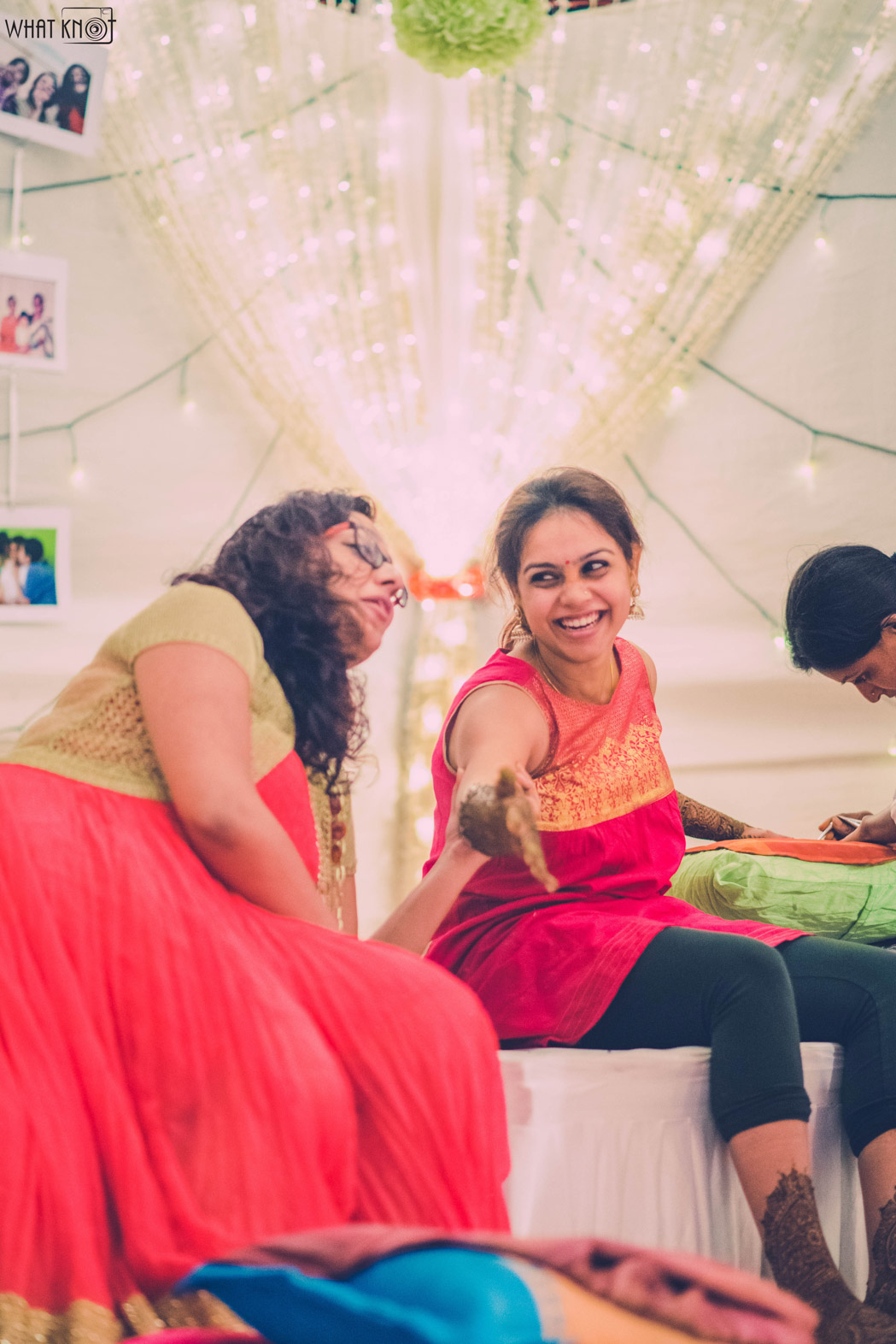 Candid-Wedding-Photography-WhatKnot-Marathi-59