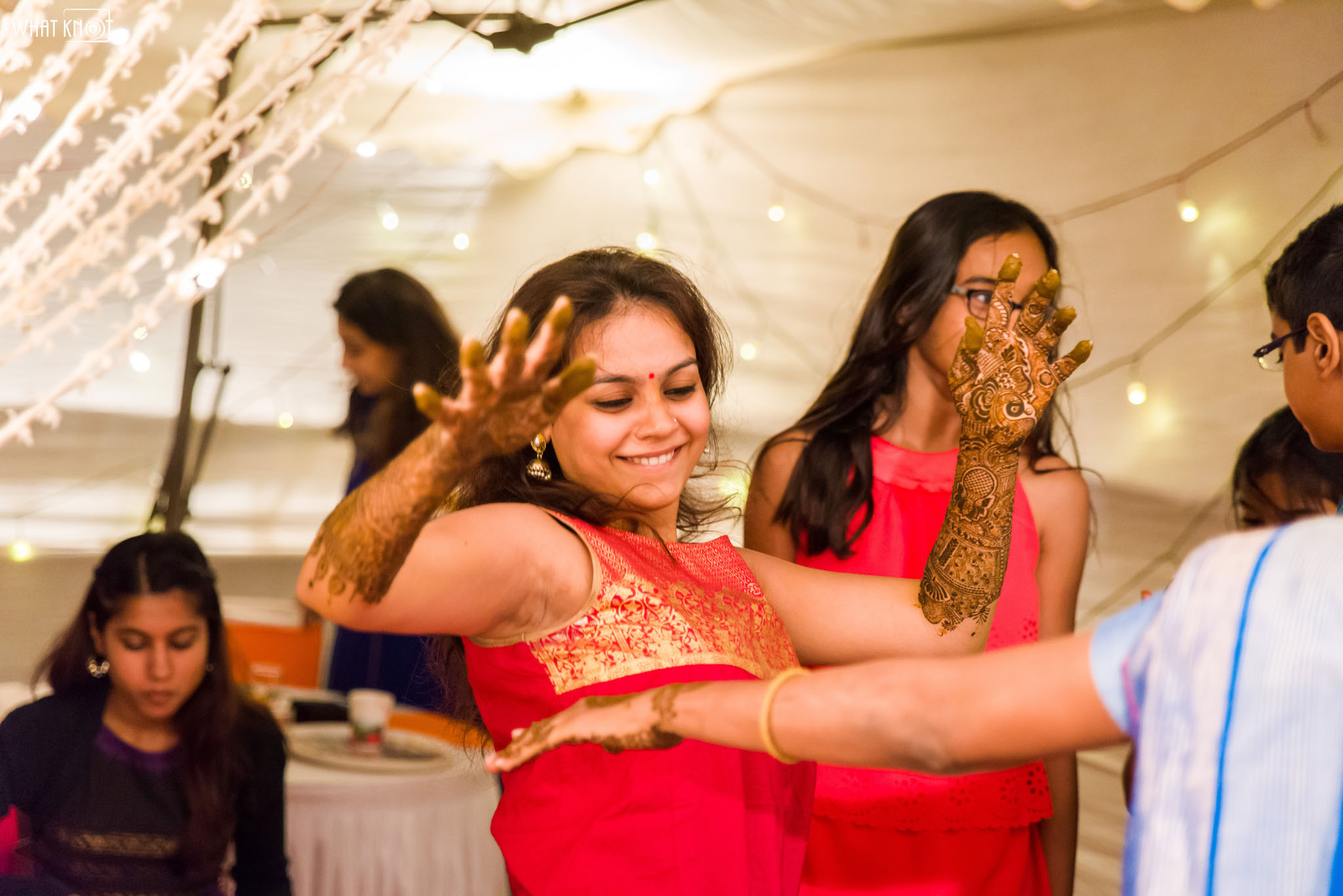 Candid-Wedding-Photography-WhatKnot-Marathi-61