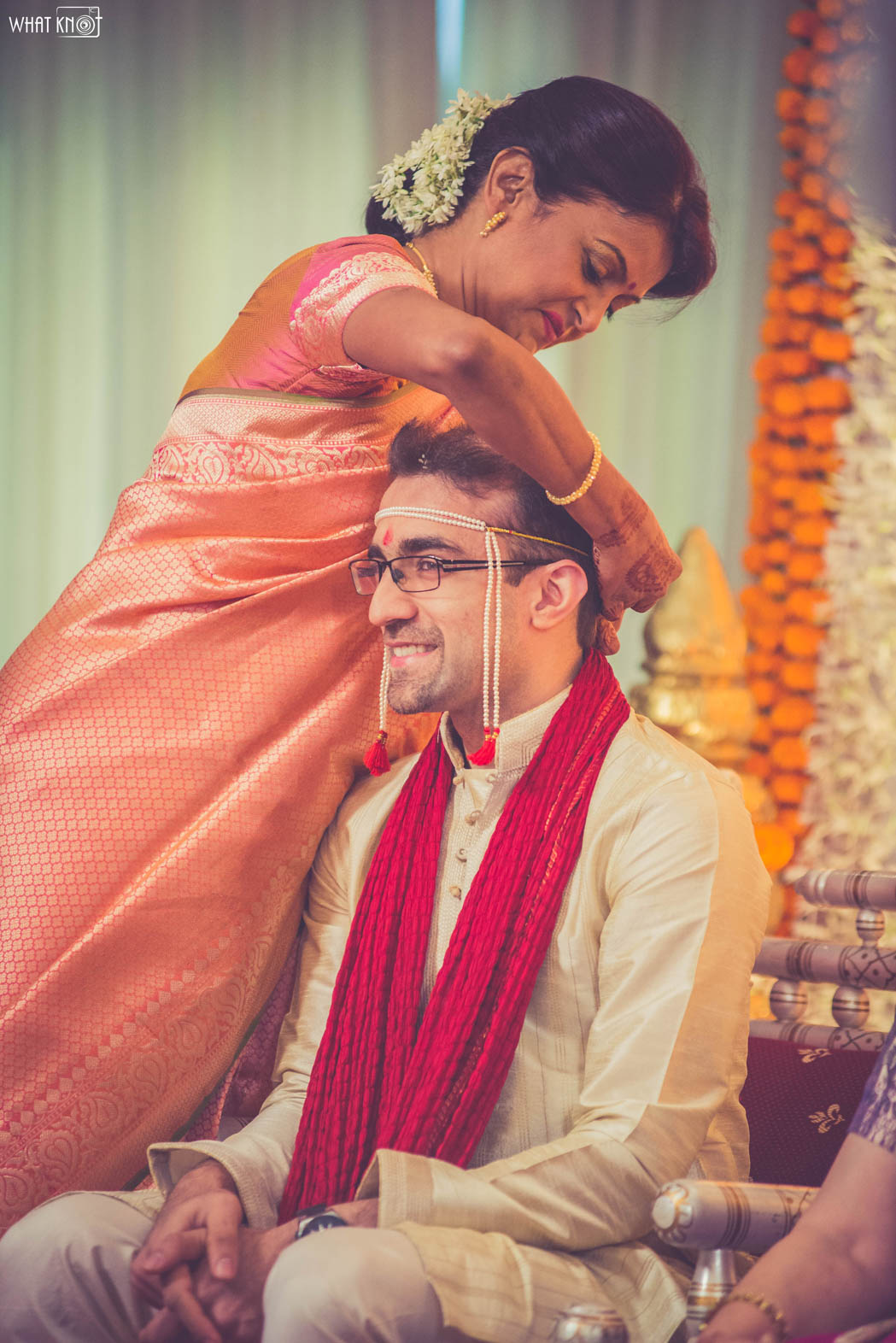 Candid-Wedding-Photography-WhatKnot-Marathi-80