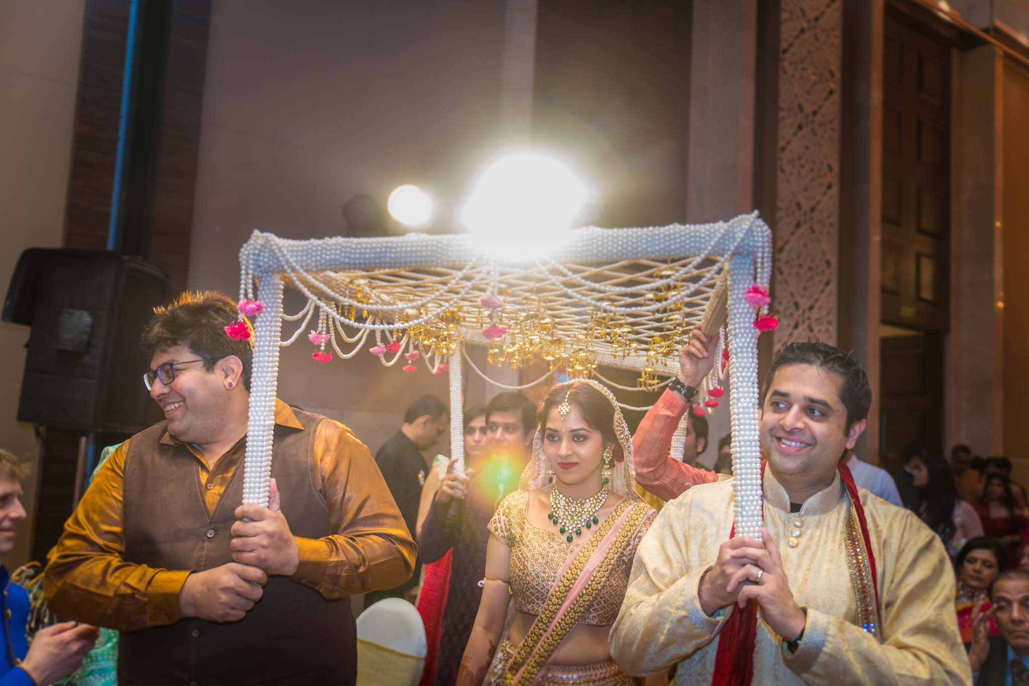 StRegis-Palladium-Mumbai-Candid-Wedding-Photography-39