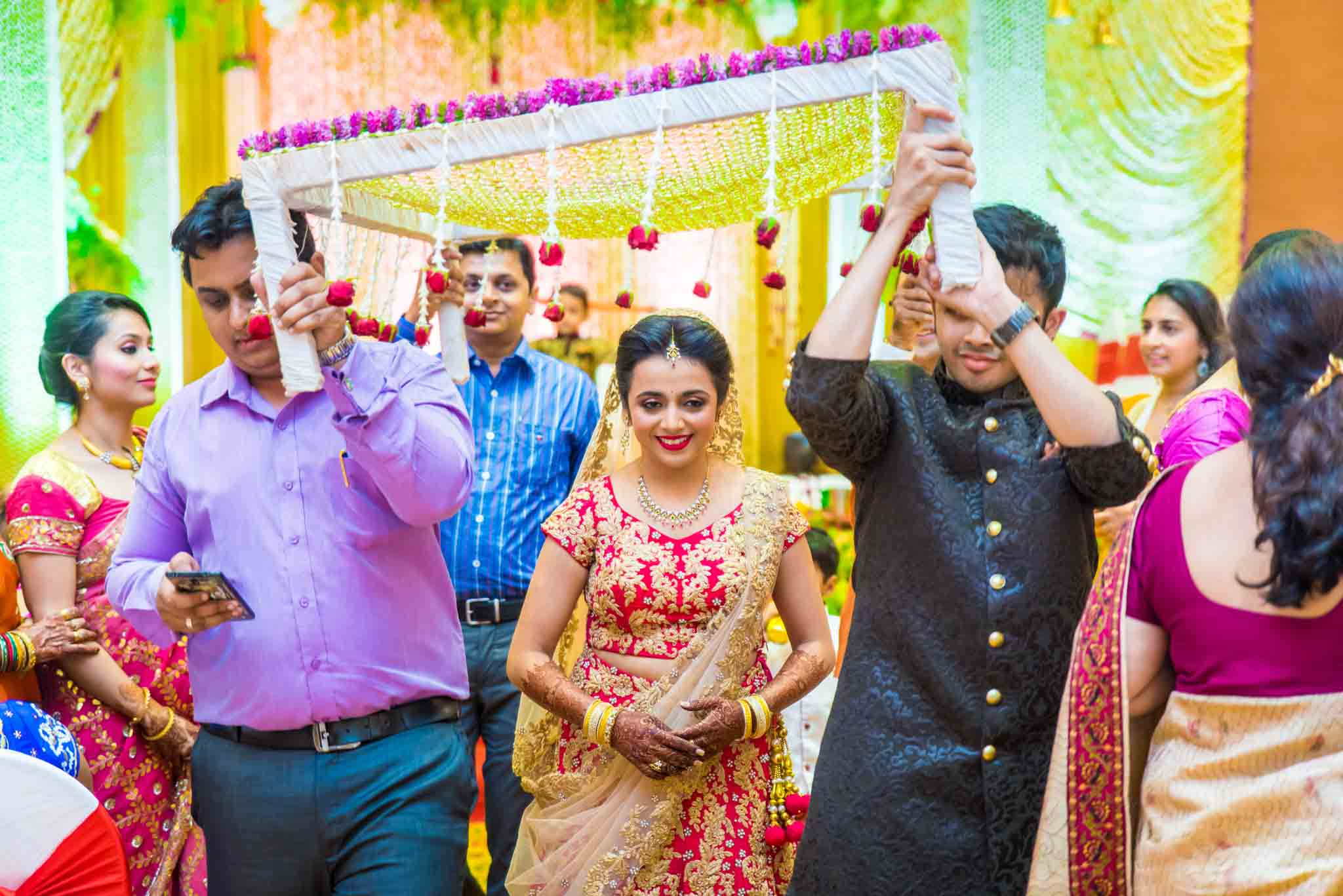 mumbai-candid-photography-wedding-whatknot-kamal-amrohi-studios-31