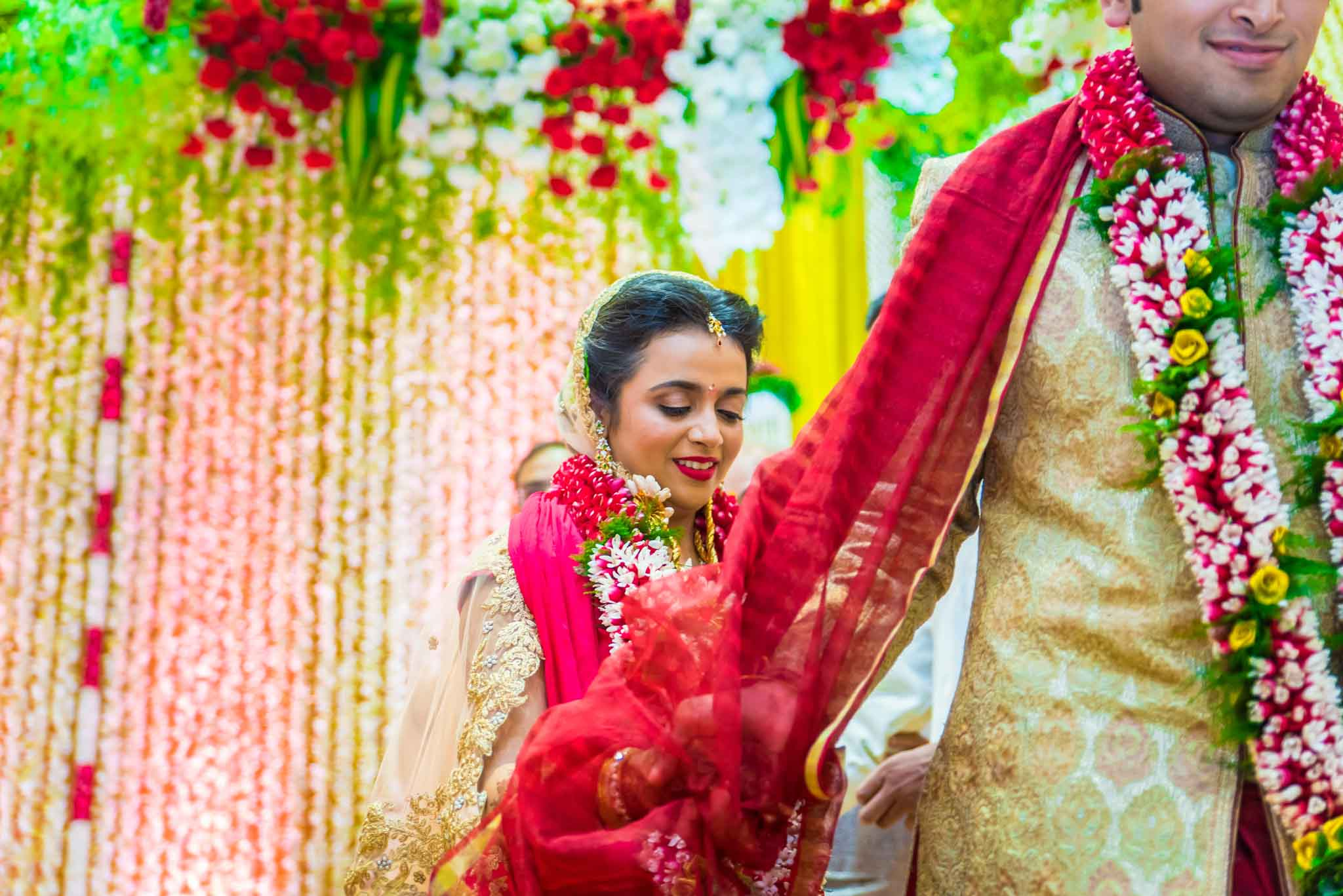 mumbai-candid-photography-wedding-whatknot-kamal-amrohi-studios-43
