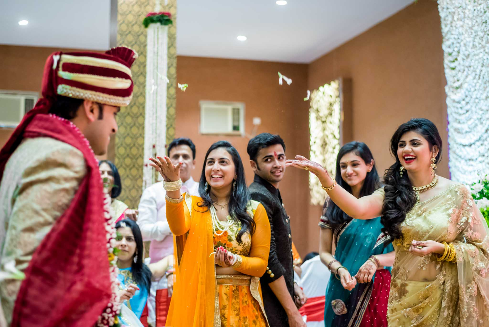mumbai-candid-photography-wedding-whatknot-kamal-amrohi-studios-45