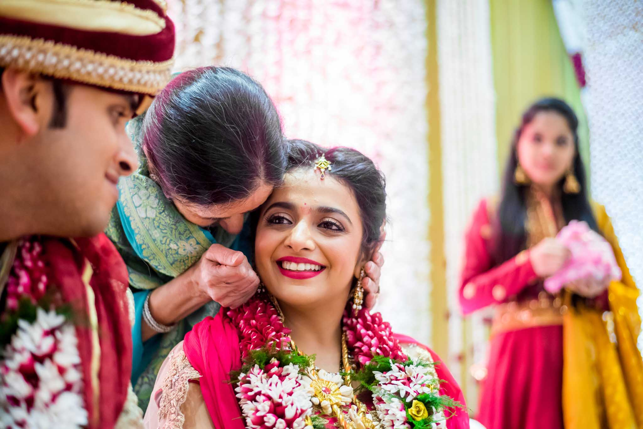 mumbai-candid-photography-wedding-whatknot-kamal-amrohi-studios-46