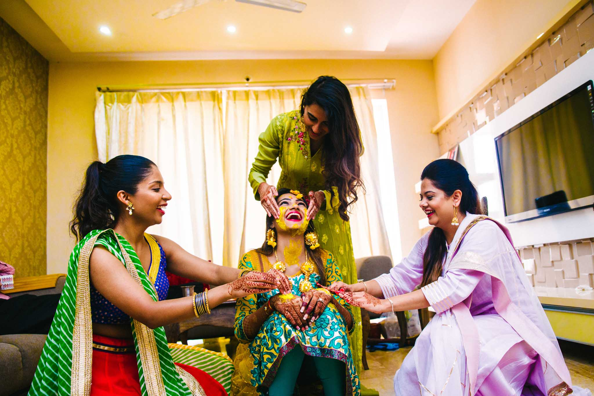 candid photographer in pune